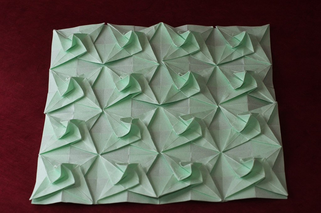 Twisted Bird Base Tessellation 1