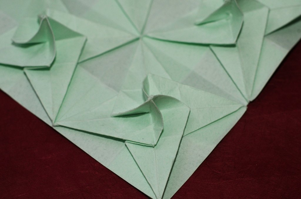 Twisted Bird Base Tessellation 3