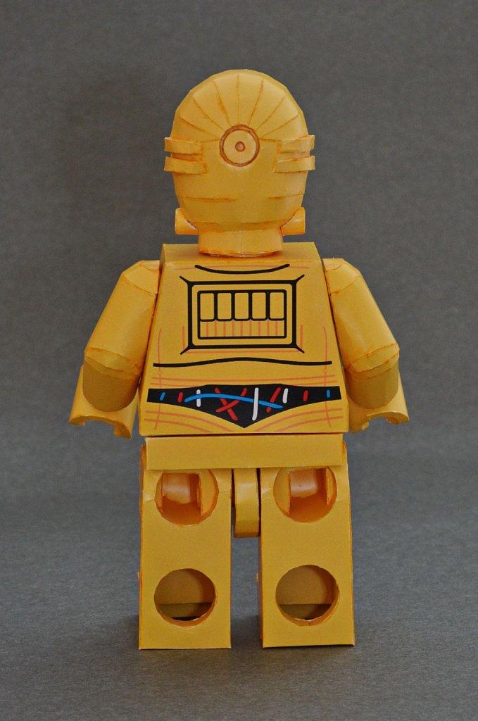 LEGO C-3PO (back)